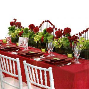 گل آرایی در تزئین میز ناهار خوری
