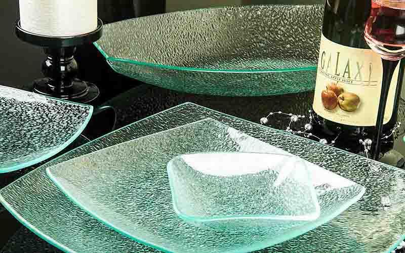 ظروف پذیرایی شیشه ای